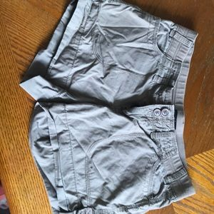 Ana shorts with adjustable length